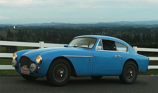 Aston Martin MK III, el coche original de James Bond