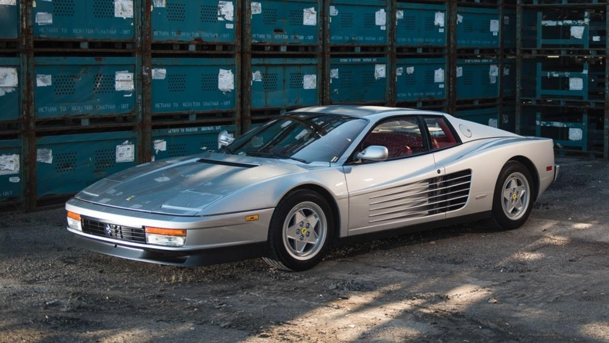 Este Ferrari Testarossa estrena zapatos ¡y qué zapatos!
