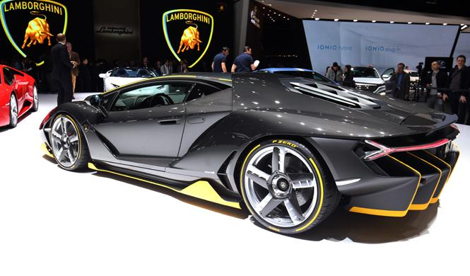 Los planes de futuro de Lamborghini, ojo a una berlina...