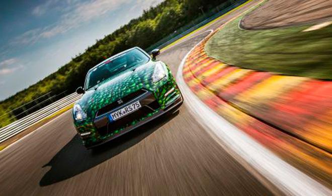 Sí, puedes darte una vuelta a Nürburgring con este GT-R