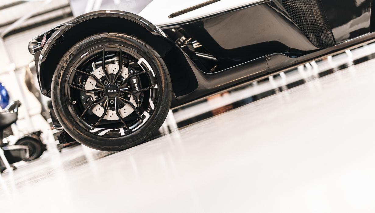 BAC Mono ruedas carbono 3