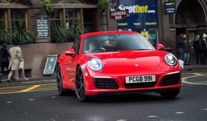 Vídeo: ¿mejora o empeora el turbo al Porsche 911?