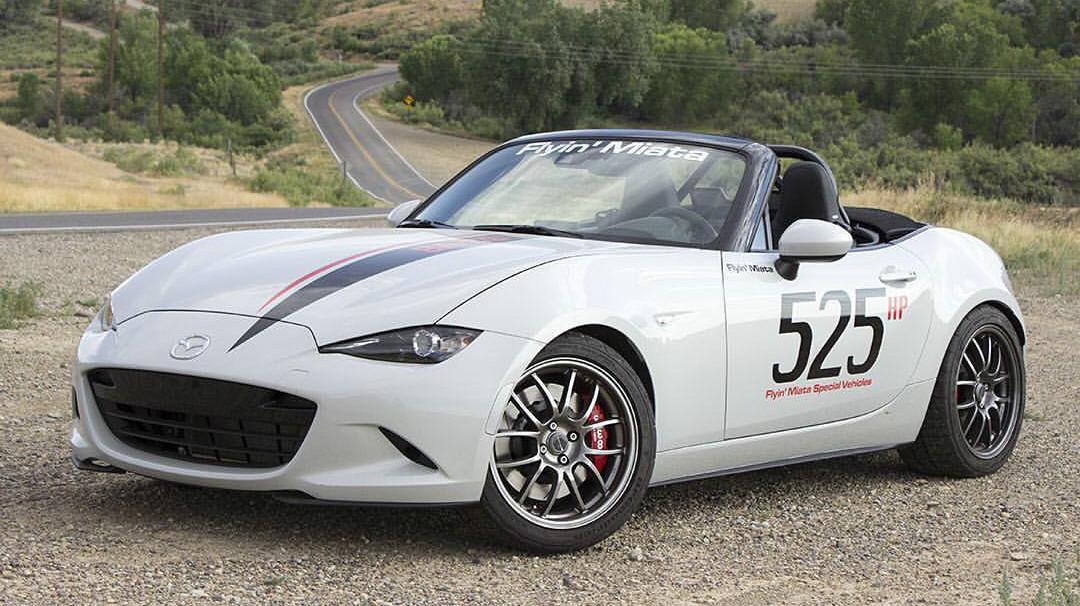 Toma locura: ¡un Mazda MX-5 con motor V8!