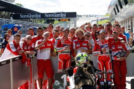 Jorge Lorenzo ya tiene moto ganadora para 2017