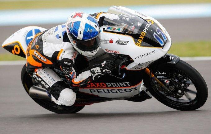 Carrera Moto3 Brno 2016: Mcphee, el señor de la lluvia