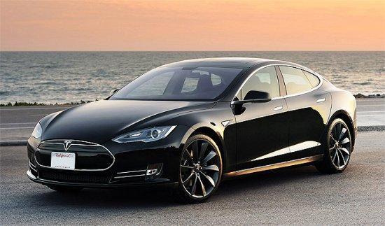 Así están robando los Tesla en Europa