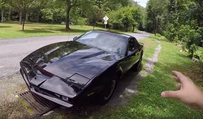 Vídeo: Así se conduce a Kitt, el coche fantástico