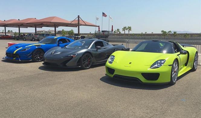 Vídeo: Porsche 918 Spyder 'vs' McLaren P1 'vs' Viper ACR