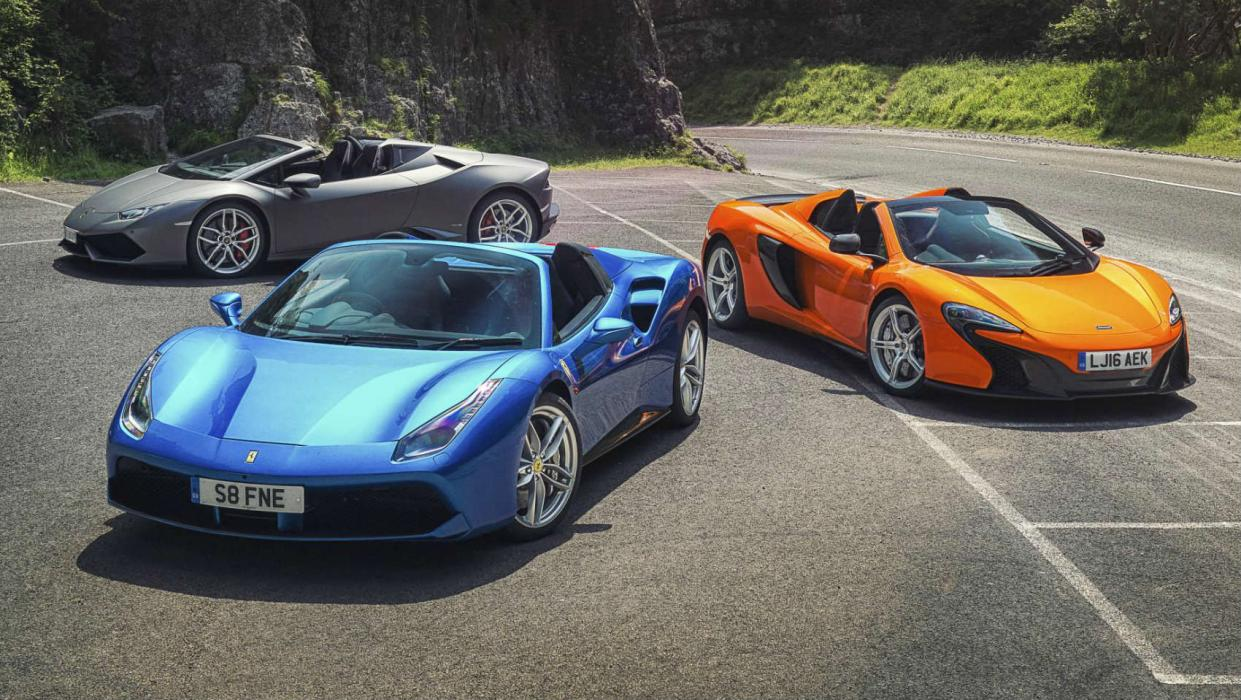 comparativa entre el Ferrari 488 Spider, el Lamborghini Huracán y el McLaren 650S Spider.