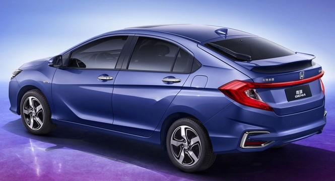 Honda Gienia, presentado en China