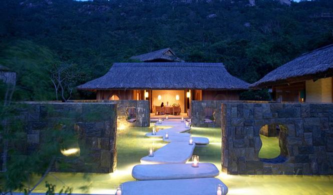 Este resort vietnamita reinventa el lujo asiático