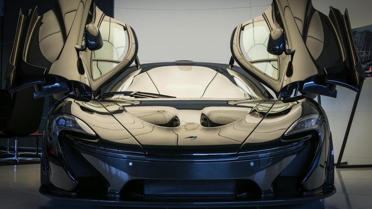 Con todos ustedes, el primer y único McLaren P1 camaleónico