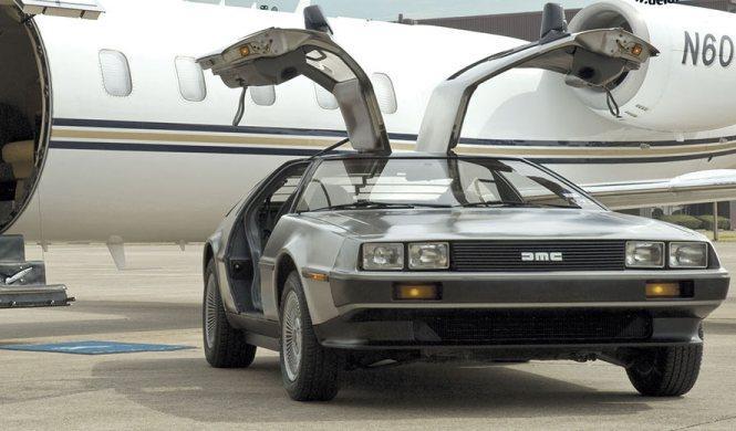 Lo cazan a 143 km/h en un DeLorean y lo argumenta así
