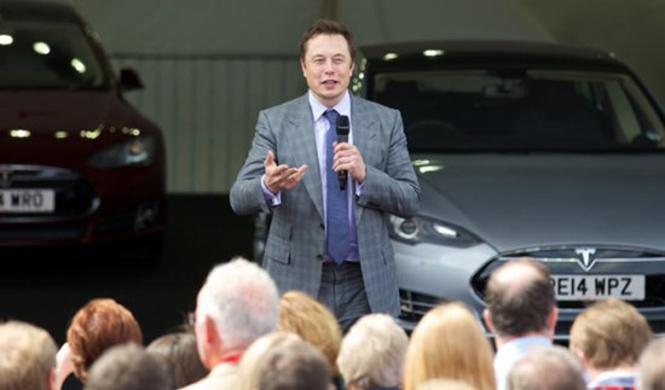Suplantan la identidad de Elon Musk