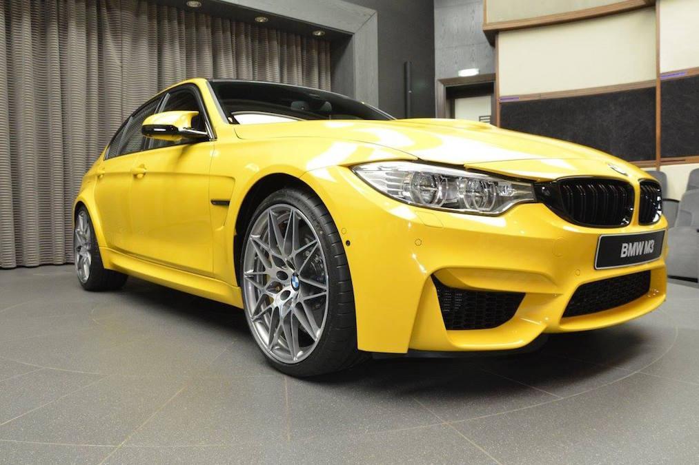 BMW M3 amarillo exclusivo
