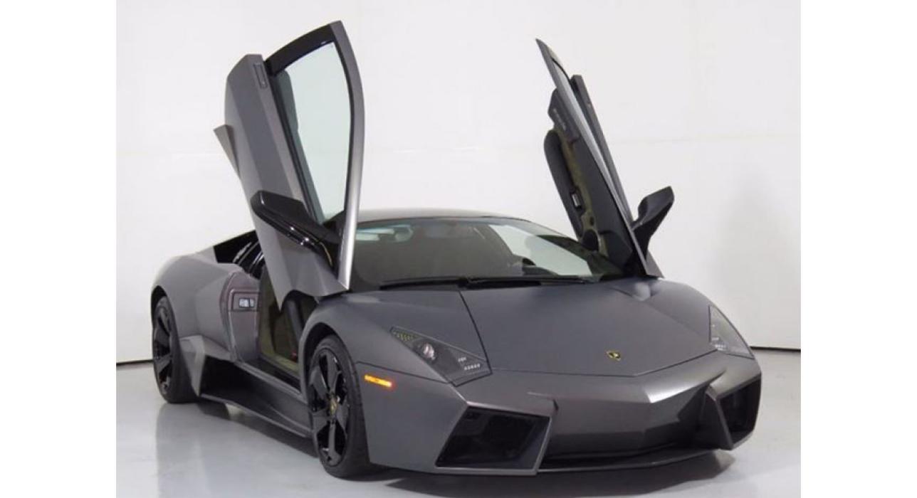 Lamborghini Reventón puertas