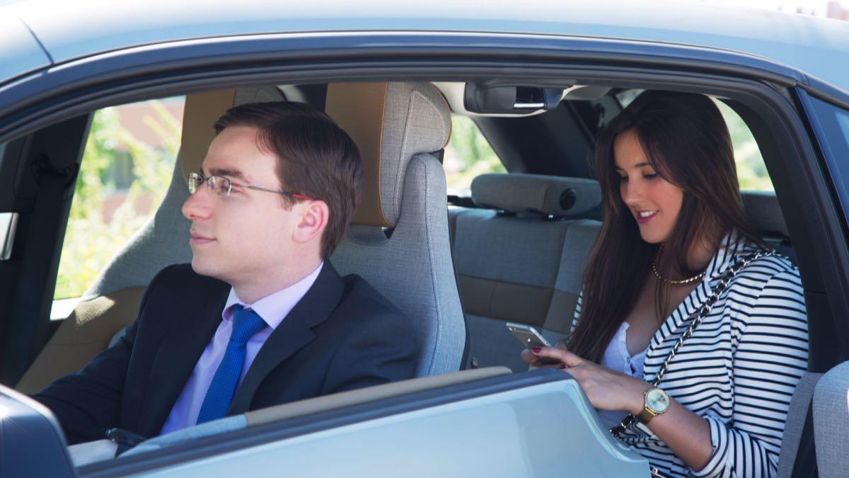 Pegatina para los vehículos de alquiler con conductor
