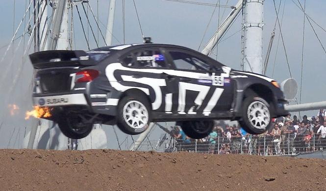 Vídeo: sube a bordo de un Subaru WRX STI de Rallycross