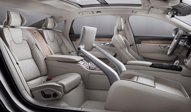 Volvo, listo para liderar el interior del coche autónomo