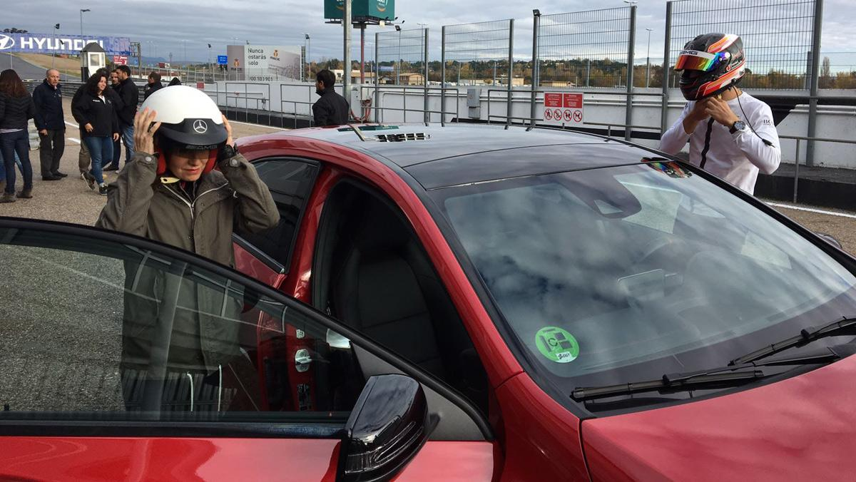 Mercedes Clase A AMG 45: recorremos Madrid derrapando