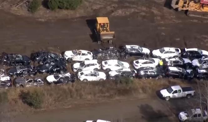 Vídeo: 120 BMW acaban destrozados en un descarrilamiento
