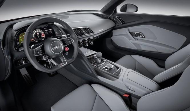 ¿Cuál es el mejor material para el interior de un coche?