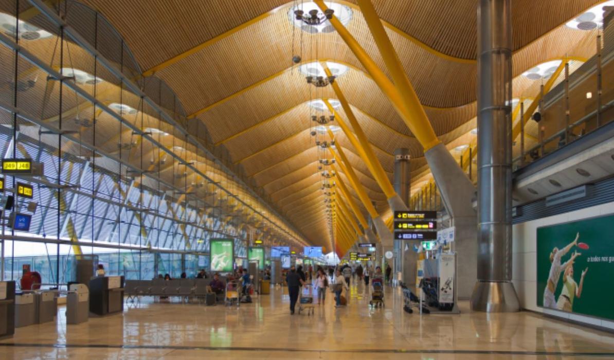 Carmena prohibirá el tráfico aéreo por el protocolo 3