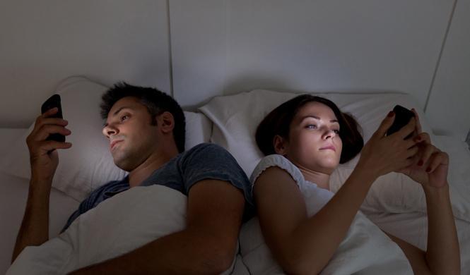 5 trucos para romper el círculo vicioso insomnio - móvil
