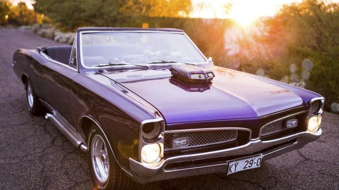 Ahora puedes alquilar el Pontiac GTO de 1967 de Triple X