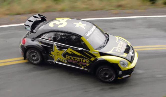 Vídeo: Tanner Foust con su Volkswagen Beetle de 544 CV