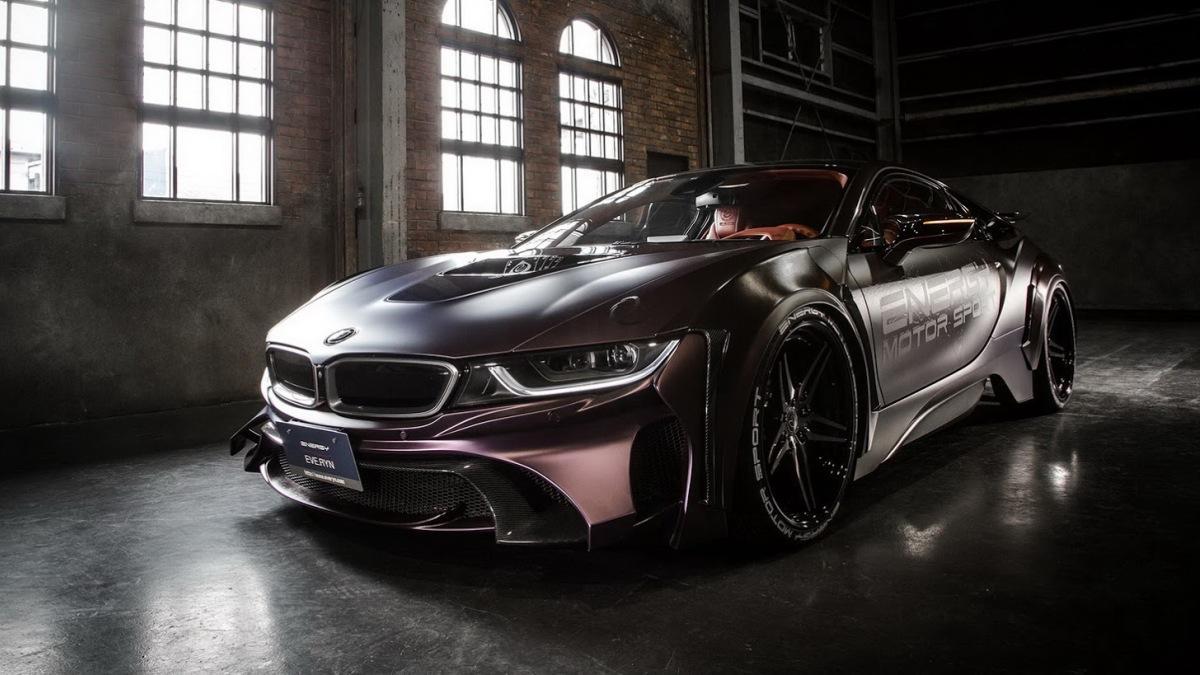 BMW i8 Dark Knight Edition