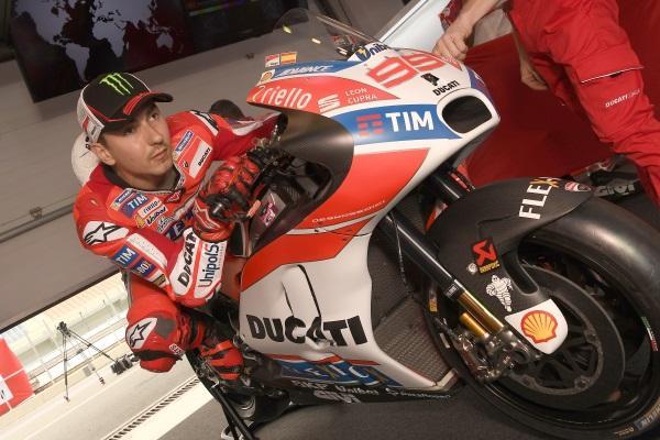 "Lucchinelli: ""Jorge Lorenzo está en Ducati por dinero"""
