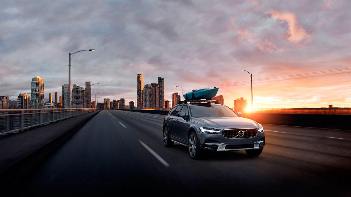 volvo v90 cross country 2017 asfalto