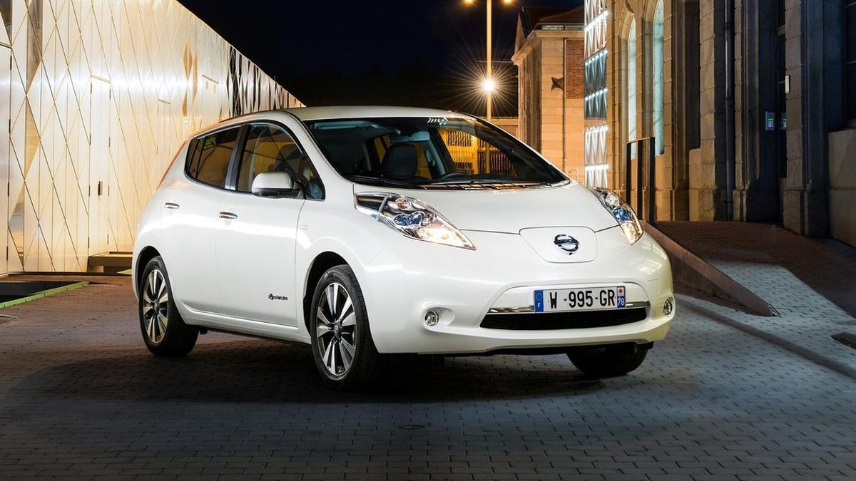 coches-eléctricos-2017-interesantes-nissan-leaf