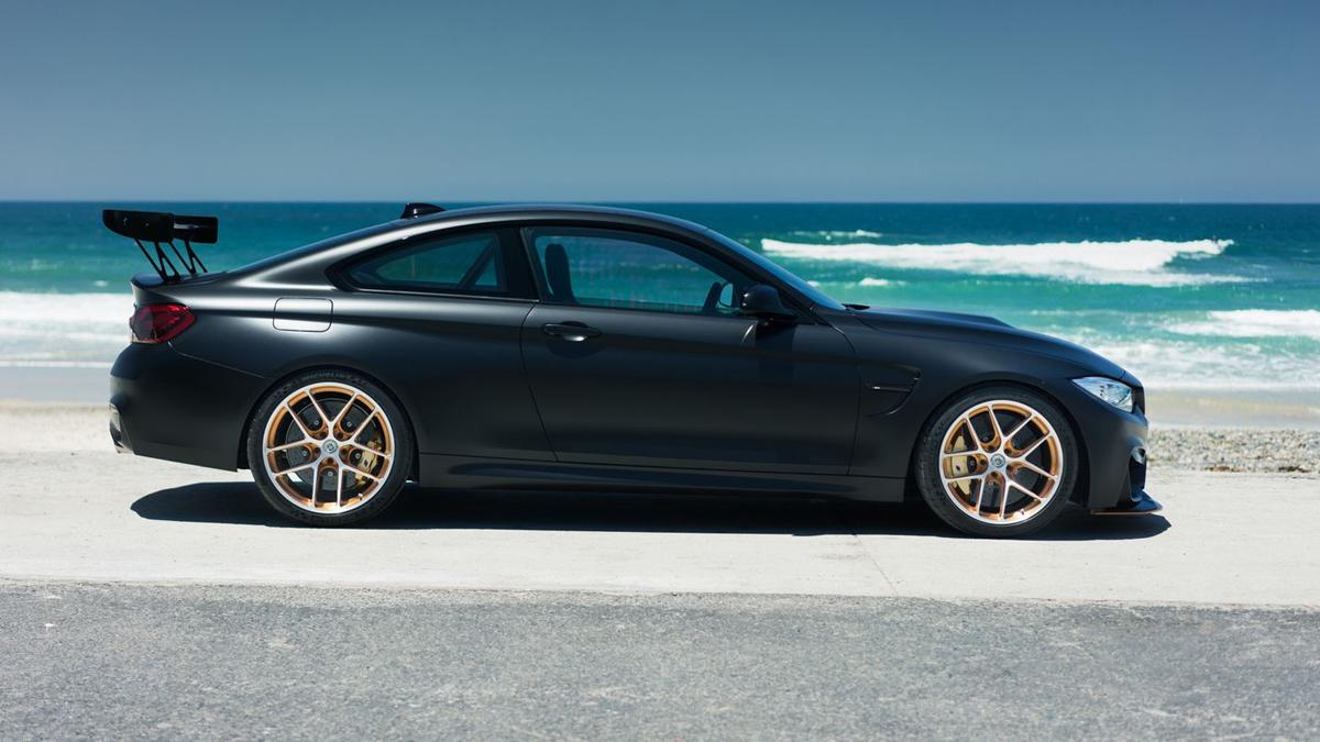 BMW M4 GTS TAG Motorsports