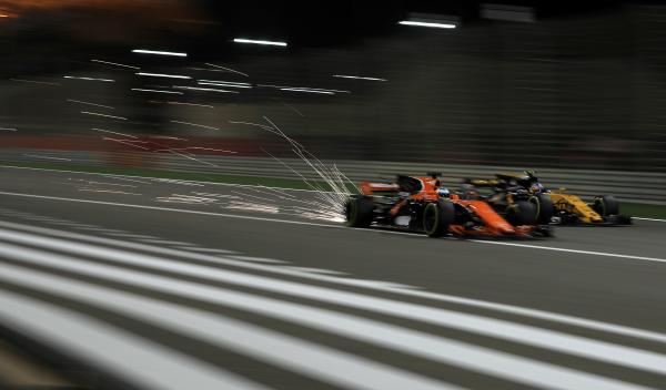 """Alonso a McLaren: """"nunca he corrido con tan poca potencia"""""""