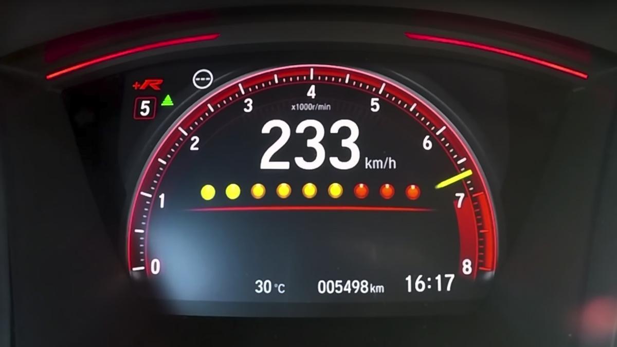 Así alcanza los 200 km/h el Civic Type R 2017
