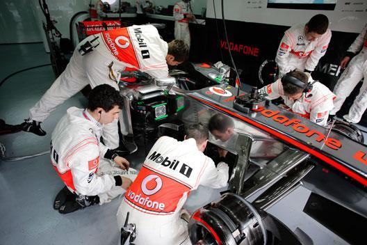 Box McLaren Malasia 2013
