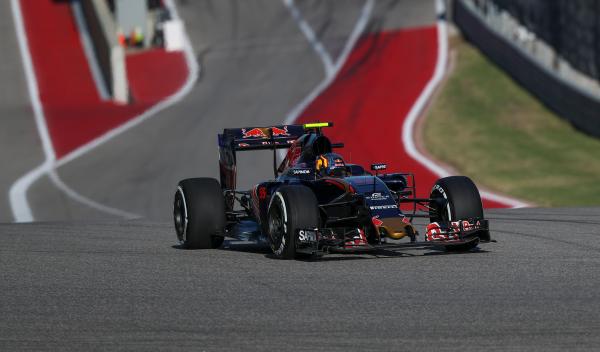 Carlos Sainz brilla en Austin: a la Q3 con una gran vuelta