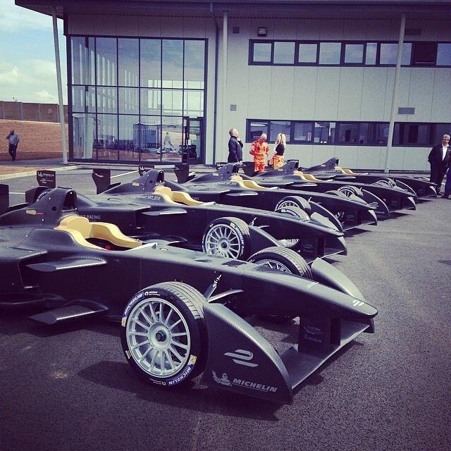 Los equipos de Fórmula E reciben sus monoplazas