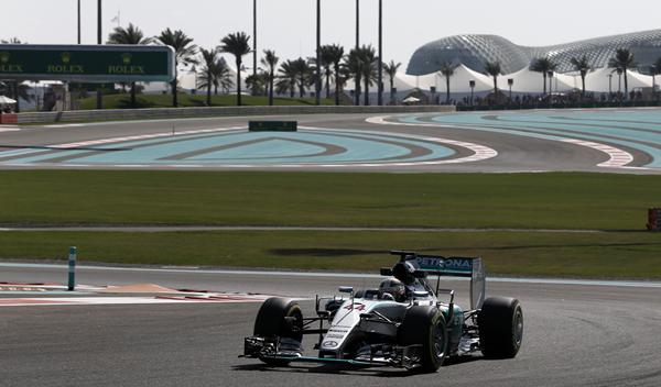 F1. Libres 1 GP Abu Dhabi 2015: Hamilton, en cabeza
