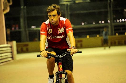 Fernando Alonso - Bicicleta- Ferrari - GP Singapur 2012