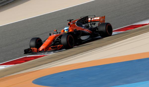 La Fórmula 1 estudia un plan para que McLaren-Honda mejore