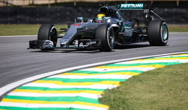 GP Brasil 2016, entrenamientos: Hamilton, líder del viernes
