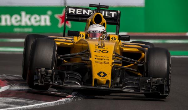 Kevin Magnussen, a un paso de fichar por Haas F1 para 2017