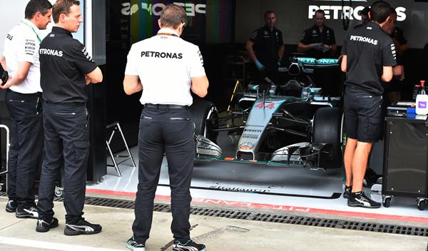 Mercedes acusa de espionaje a un ingeniero rumbo a Ferrari