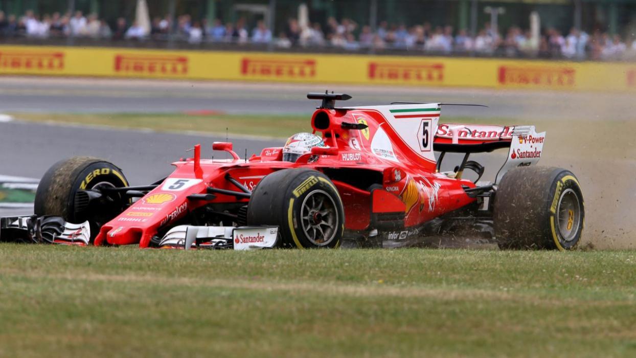 Problemas de Vettel en Silverstone