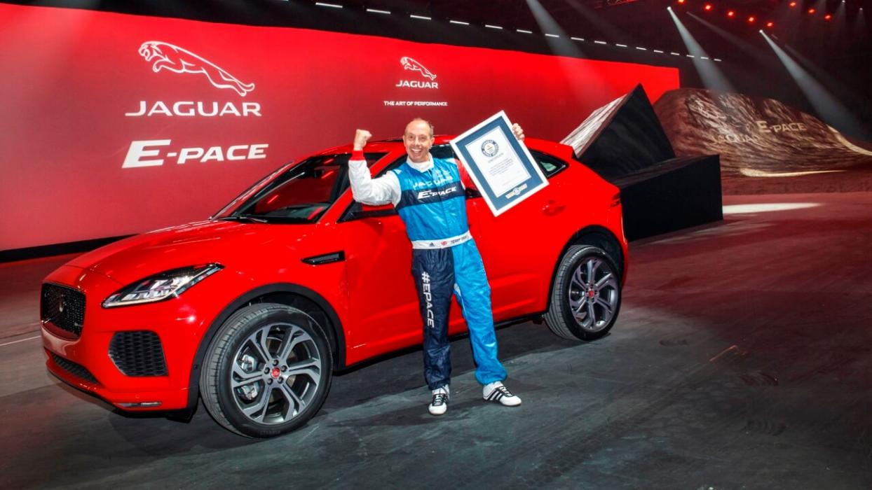 Récord Guinness Jaguar E-Pace