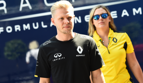 Renault Dinamarca lanza un Clio Magnussen Edition
