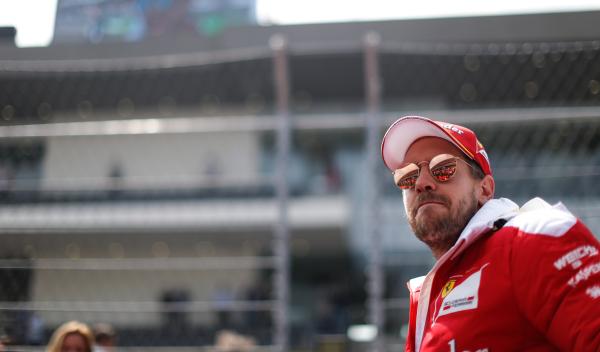 """Vettel al director de carrera: """"¡que te den, Charlie!"""""""